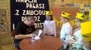 """Najmłodsi czytelnicy """"Jedynki"""" pasowani przez  pisarza Marcina Pałasza_9"""
